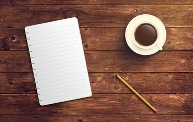 Notizblock mit Stift und Kaffee auf Holz Tisch