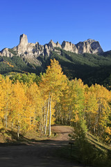 Fototapete - Courthouse mountain, Colorado