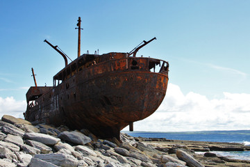 Acrylic Prints Shipwreck Shipwreck boat in Inisheer, Aran Islands