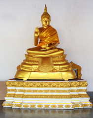 golden buddha statue image