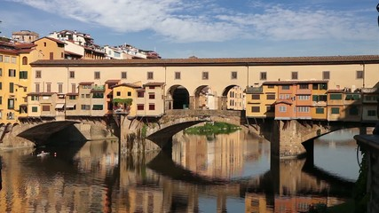 Wall Mural - Ponte VecchPonte Vecchio bridge in Florence, Italy