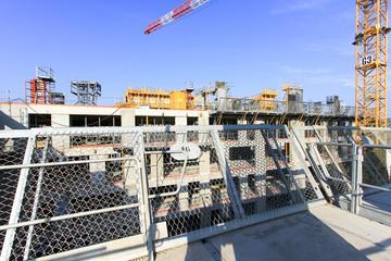 Rambarde de protection sur chantier de construction