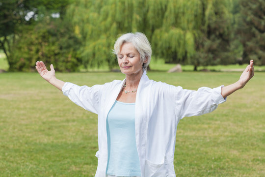 best ager women outdoors