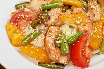 Warm salad with chicken