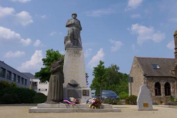 Monument aux morts de Pleurtuit