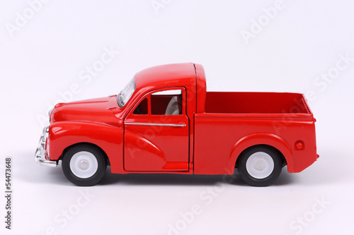 story review red truck Get information on the latest cars, motorcycles and trucks with expert reviews, classic car auction, information on new and used car prices, restomods and regular auto shows coverage there's.