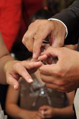 la bague au doigt