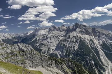 Naturlandschaft  Ausblick auf die Alpen Österreich