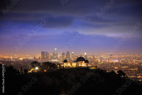 Fotobehang Los Angeles at night. Griffith Observatory.
