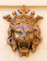 sculpture lion