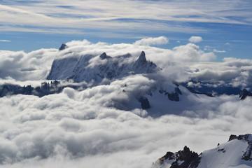 Nuages en montagne