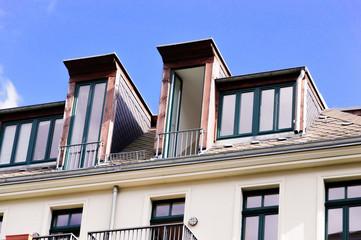 Bilder und videos suchen gaubenfenster - Fensterarten altbau ...