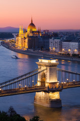 Keuken foto achterwand Boedapest Budapest cityscape with Chain Bridge and Parliament Building