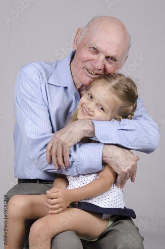 голая внучка в деревне с дедом фото