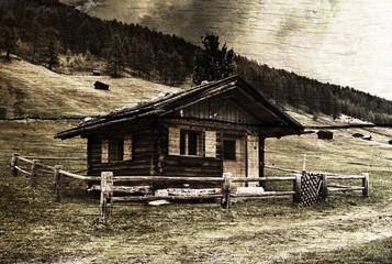 Historische Alpenhütte