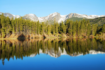 Wall Mural - Reflection in Sprague lake, Rocky Mountain National Park, CO