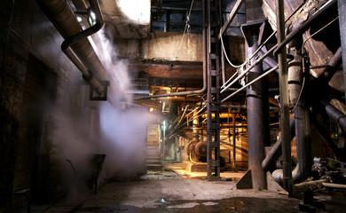 Autocollant pour porte Les vieux bâtiments abandonnés Old creepy, dark, decaying, destructive, dirty factory