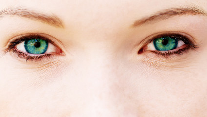 Blue-green eyes
