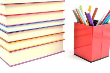książki i flamastry