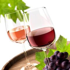 2 Weingläser mit Weinblättern