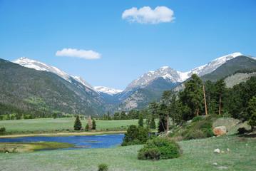 Wall Mural - Sheep lake, Rocky Mountain National Park, CO, USA