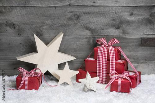 weihnachtlicher hintergrund aus holz mit geschenken in. Black Bedroom Furniture Sets. Home Design Ideas