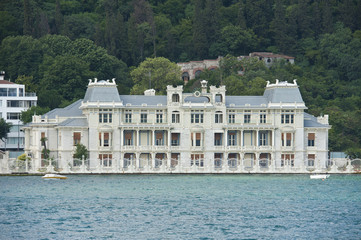 Luxury water front villaon river