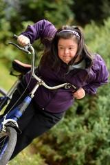 femme et tricycles