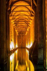Fototapete - Underground Basilica Cistern (Yerebatan Sarnici) in Istanbul, Tu