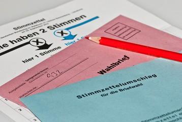 Briefwahl- Unterlagen, Niedersachsen, Deutschland, Europa