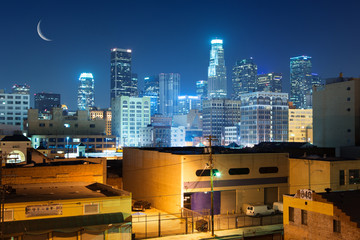 Fototapete - Los Angeles city skyline at night