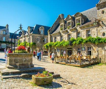 Village en Bretagne, Locronan