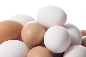 積み上げた複数の卵