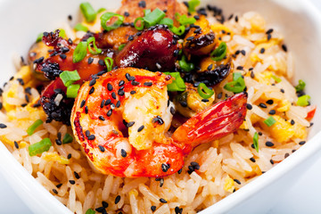 Rice with shrimps.