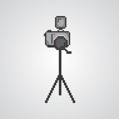 photo pixel with tripod