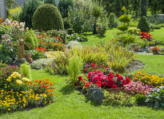 Photo sur Plexiglas Jardin Landscaped flower garden