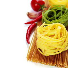 whole wheat spaghetti and egg pasta nests
