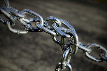 Chain twist diagonal