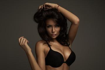 Fashion woman with sensual eyes