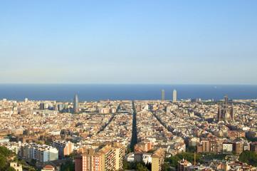Meer aus Häusern in Barcelona