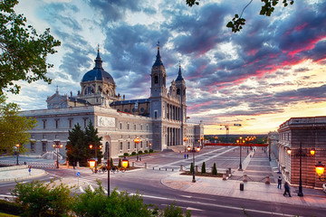 Photo sur cadre textile Madrid Catedral de La Almudena (Madrid)