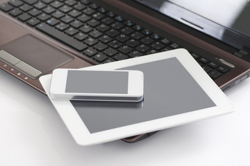 Laptop, Tablet PC & Smart Phone