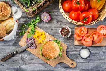 Fresh vegetables for homemade hamburger