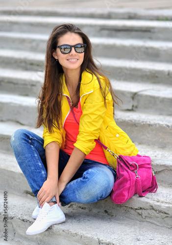 красивые девушки фото в полный рост в очках