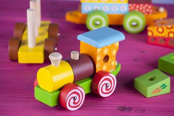 giocattolo in legno
