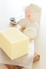 バターと卵