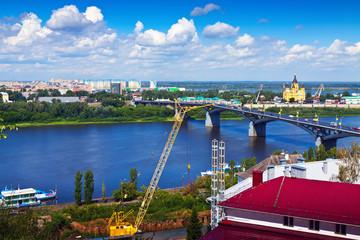 Foto op Plexiglas Historisch geb. View of Nizhny Novgorod with Kanavinsky Bridge