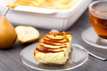 Pie made with fresh pears