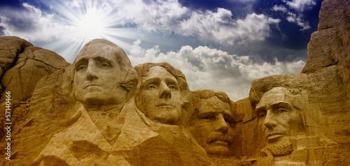 Wall mural Colors of the sky above Mount Rushmore - South Dakota