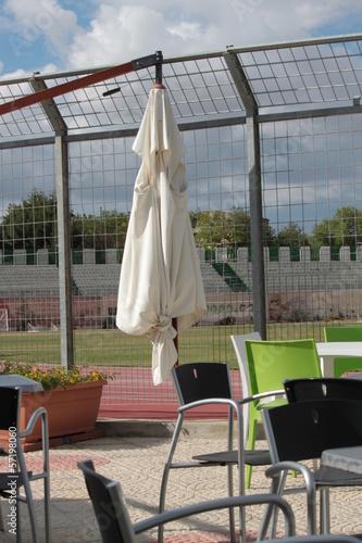 Tavoli E Sedie Per Bar Esterno.Esterno Bar Con Tavoli E Sedie Stock Photo And Royalty Free Images